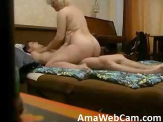 curvy woman banged by more amateur man on hidden